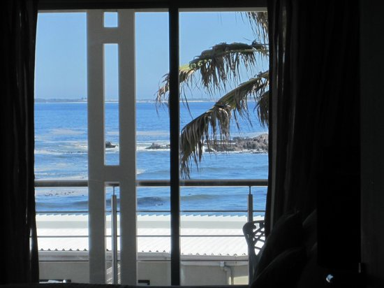 The Sir David Boutique Guest House:                   View through upstairs bedroom