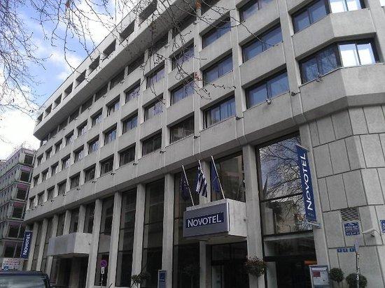 Novotel Athenes: Street view