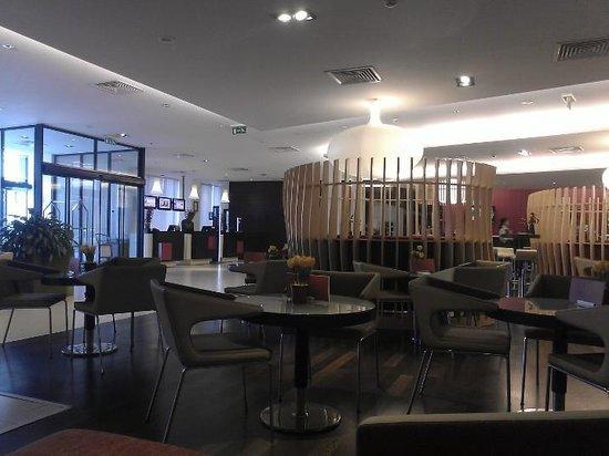 Novotel Athenes: Lobby