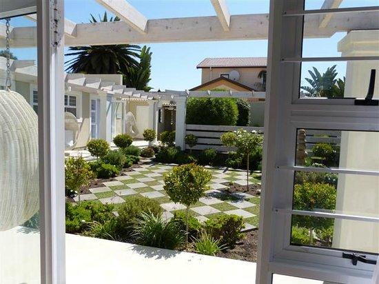 Swakopmund Guesthouse:                   Aussenanlage Annex