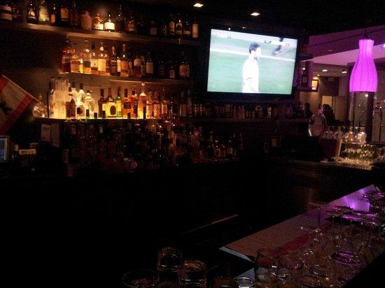 Arcotel John F: Bar area