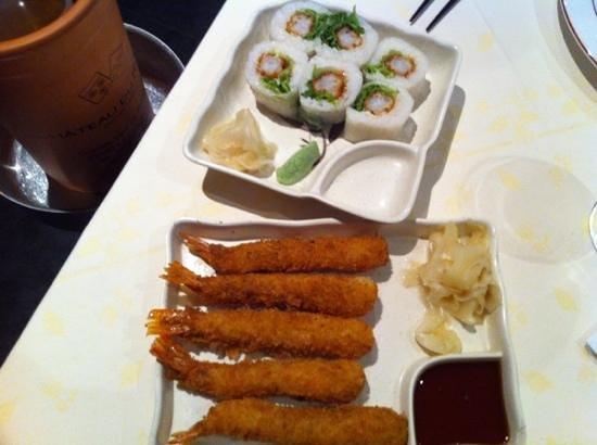 Osaka :                   tempura crevettes et makis