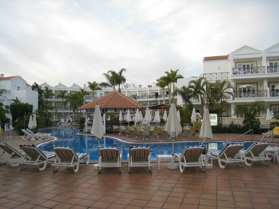 Parque del Sol:                   The pool and poolbar