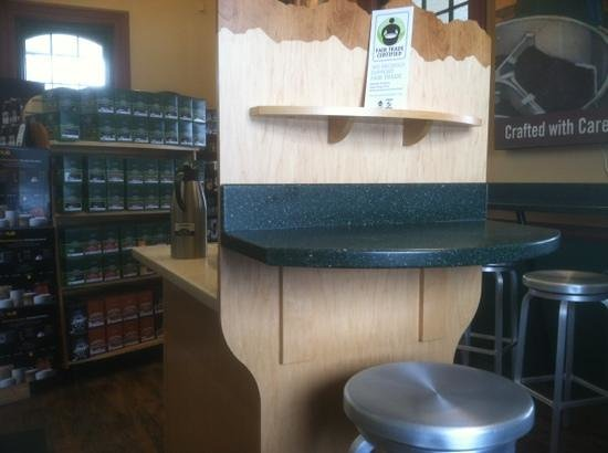 Green Mountain Coffee Cafe:                   My latte is 4 stars