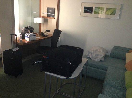 SpringHill Suites McAllen:                   Pequeño escritorio