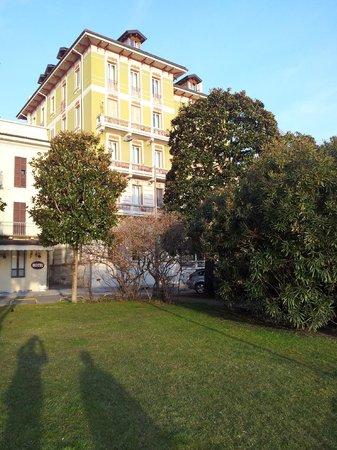 Hotel Pallanza:                   Vue de l'Hôtel..