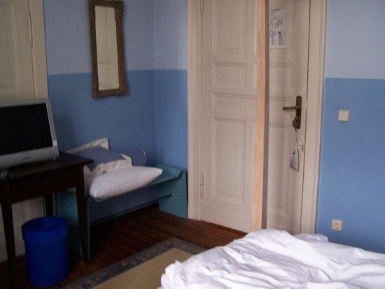 Hotel Art Nouveau:                   Unser Zimmer - für 141 Euro die Nacht.