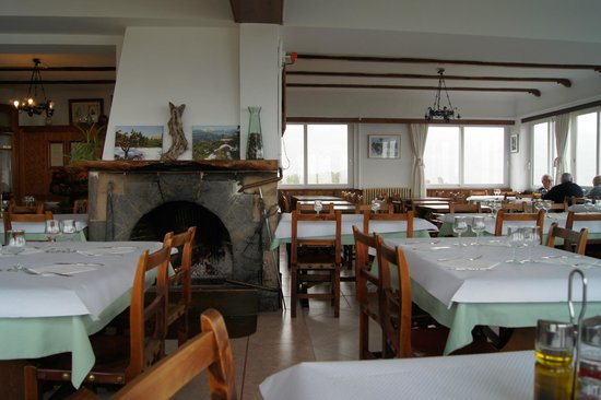Mirador Ses Barques:                   Cozy interior