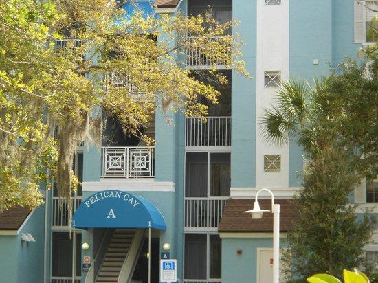 Grande Villas Resort:                   Balcon serré entre deux murs