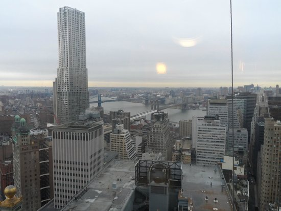 Millennium Hilton New York Downtown: the bridges