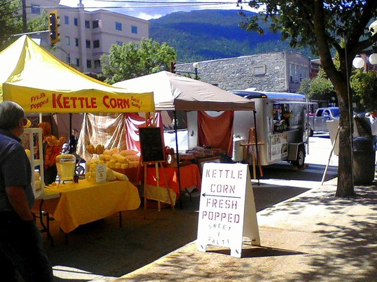 Baker Street:                   Vendors from all over the Kootenays selling vegetables, crafts, food and art