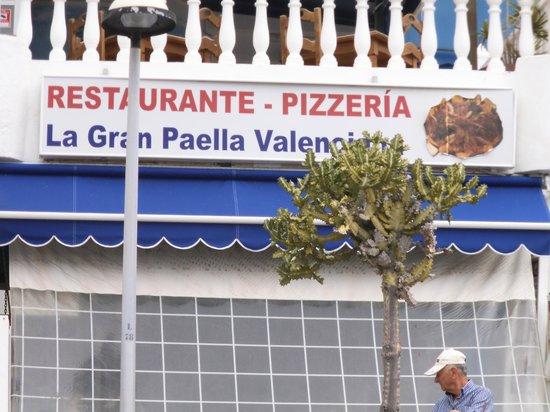 La Gran Paella Valenciana:                                                       le grand paella