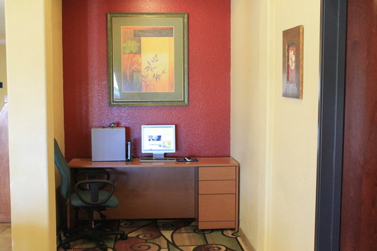 Days Inn San Antonio at Palo Alto: Business Center 1