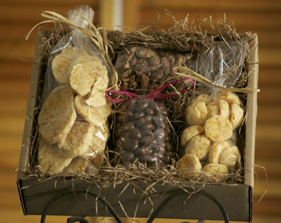 Sisson's Main Street Specialties: Gift Boxes