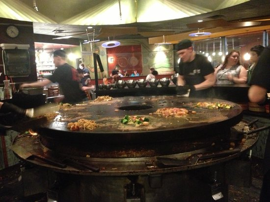 HuHot Mongolian Grill:                                                       The grill