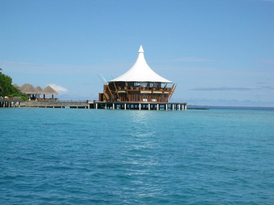 Baros Maldives: Lighthouse restaurant
