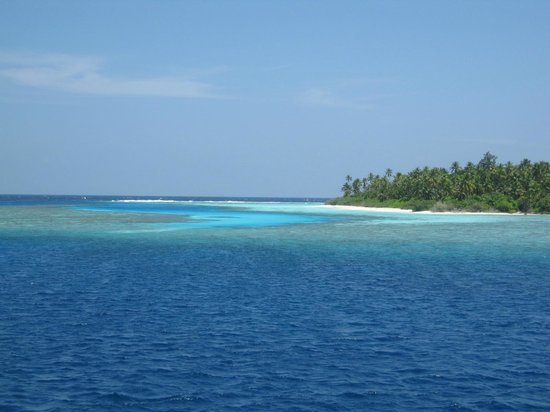 Baros Maldives: Shades of blue