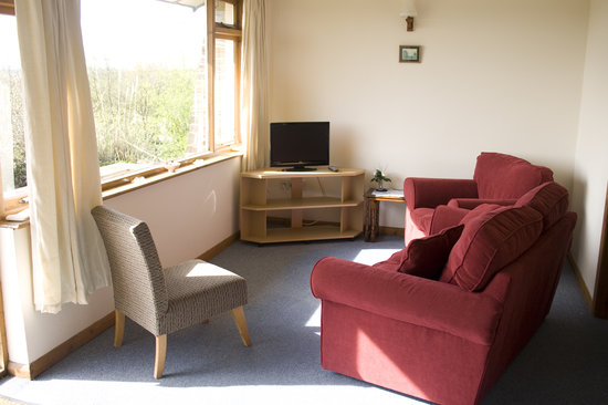 Delamere Self Catering Cornwall: Lounge Area