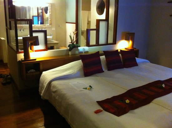 The Sunset Beach Resort & Spa, Taling Ngam:                   The Deluxe room