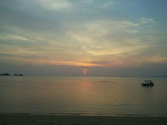 The Sunset Beach Resort & Spa, Taling Ngam:                   sunset