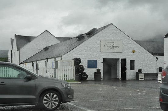 Dalwhinnie Distillery Tour Review