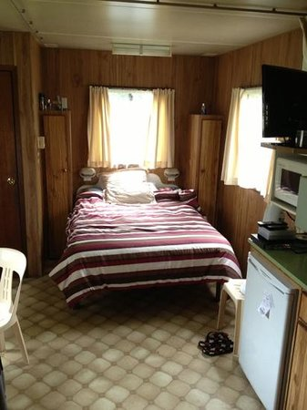 Mollymook Caravan Park:                                     make yourself at home :)