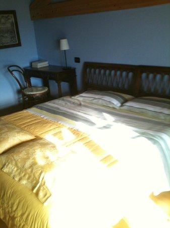 B&B Relais Mozart: Sunny room.