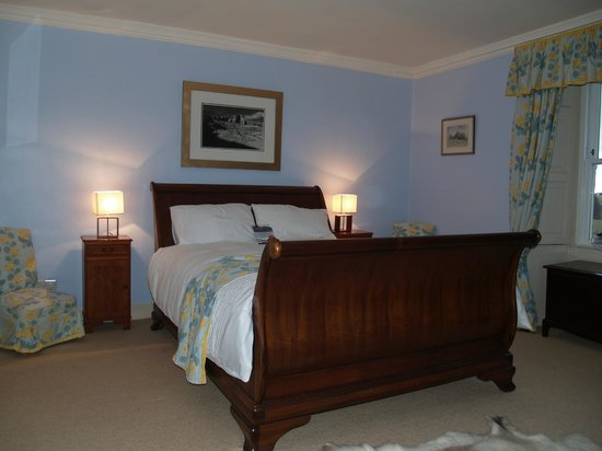 Abbotshaw House - Farm B&B: Waverley Suite Kingsize Sleigh Bed
