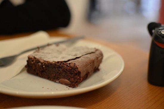 Box Brownie Coffee:                   Legendary brownie