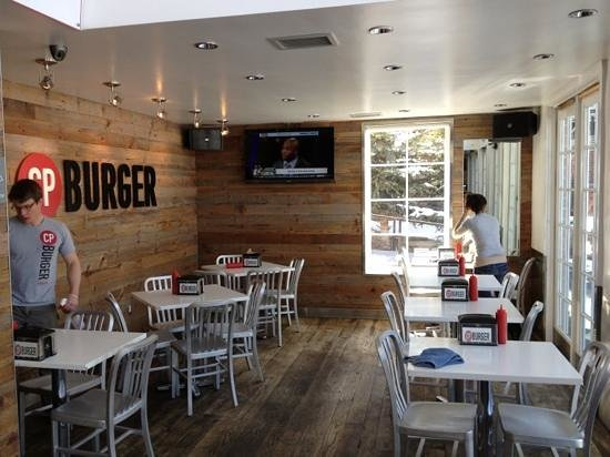 CP Burger: dining area