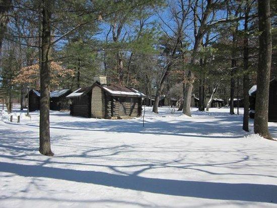 White Pines Inn:                   LIttle cabin in the woods