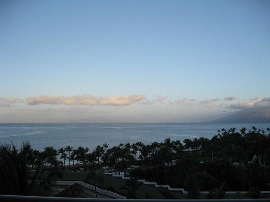 Grand Wailea - A Waldorf Astoria Resort:                   Beautiful view each morning