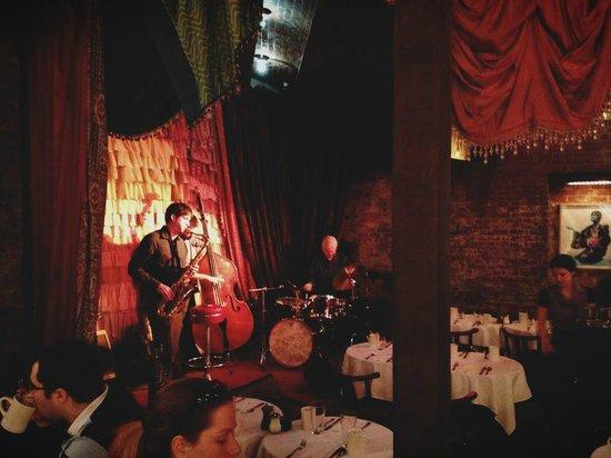 The Beehive: Jazz brunch