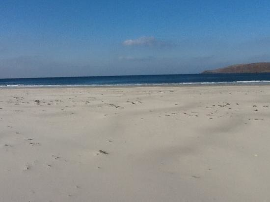 Rossmore Manor: beautiful beach recommended by Jackie