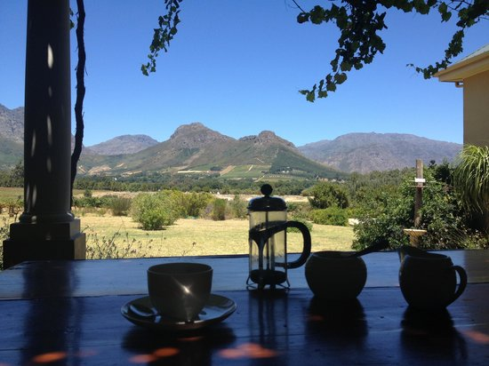 Cape Vue Guest House:                   Breakfast with a view