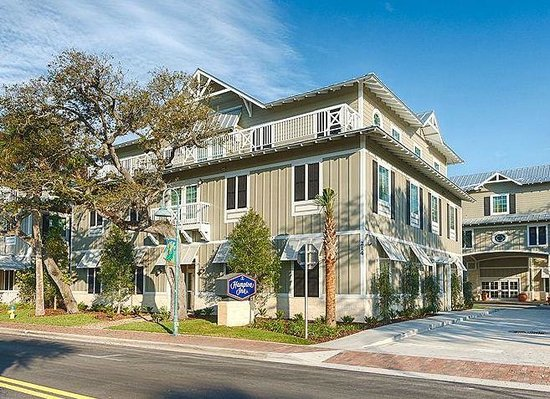 Hampton Inn New Smyrna Beach: Hotel Exterior