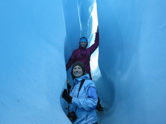 Wild Alpine - Day Tours: Exploring glacier caves