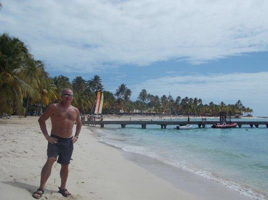 Club Med La Caravelle:                   playa turquesa