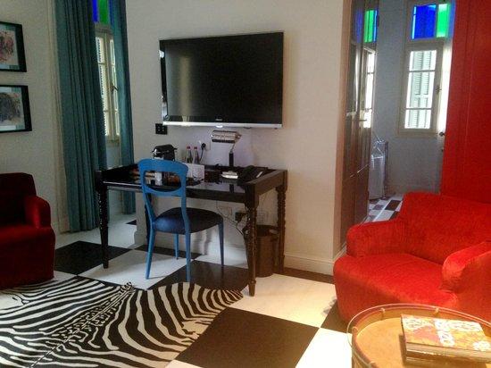 Alma Hotel & Lounge:                   my room