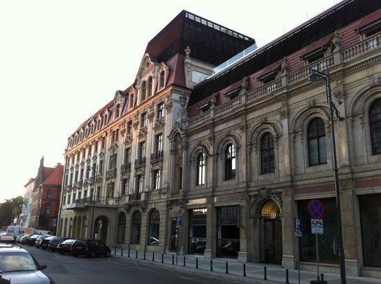 Monopol Hotel: Nice architecture...
