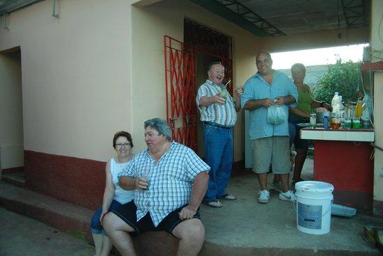 Villa Jorge y Ana Luisa:                   Dégustation de Mojitos préparés par Jorge avec amour et passion !!