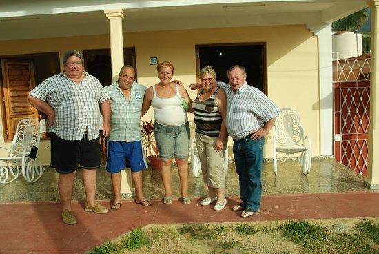 Villa Jorge y Ana Luisa:                   Ce n'est qu'un en revoir, mes Amis...