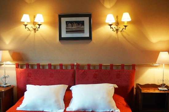 Chambre Double Ibis Budget : chambre double – Foto di Hostellerie de la Vieille Ferme, Criel-sur …