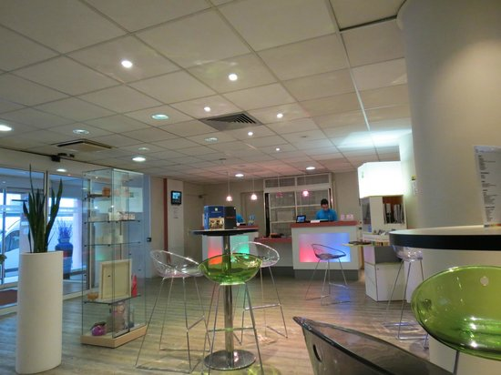 Bagno picture of ibis styles nice vieux port nice tripadvisor - Ibis style nice vieux port ...