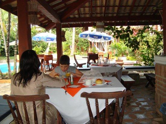 Hotel Pousada Arraial Candeia:                   Desayuno