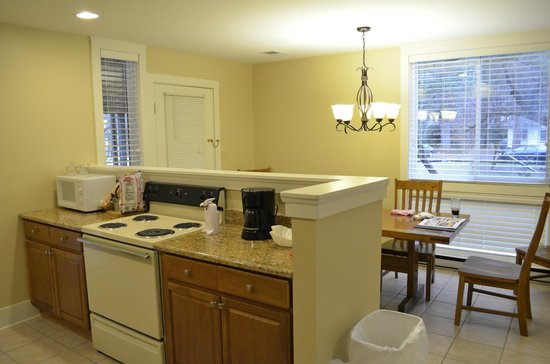 Wyndham Shawnee Village Resort: Dining Room/Kitchen