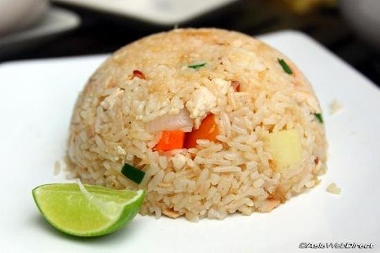 Pum Thai Restaurant:                                     addicted to Pum chicken fried rice :-))