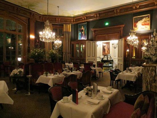 Saint James Paris - Relais et Châteaux:                   Dining Room