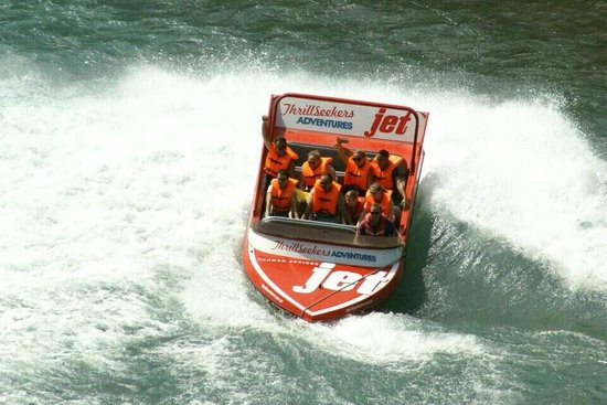 Hanmer Springs Attractions:                   Jet Boat Ride