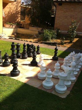 Residence Le Meridiane:                   échecquier